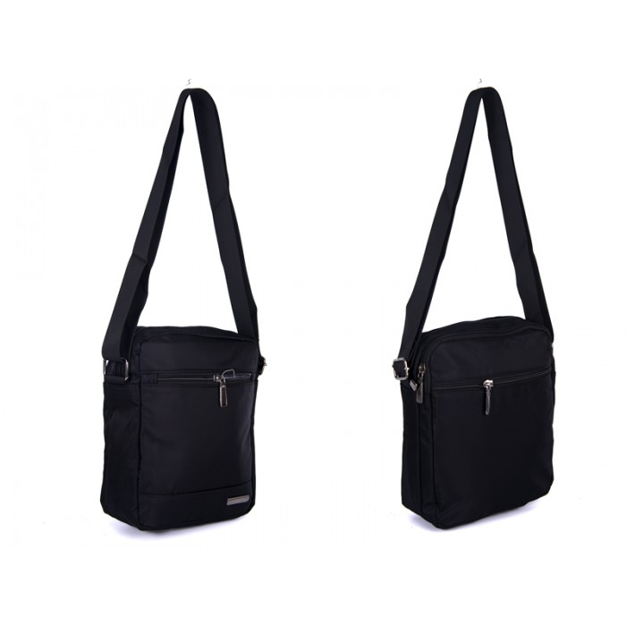 2450 BLACK Lorenz shoulder bag with 4 zips