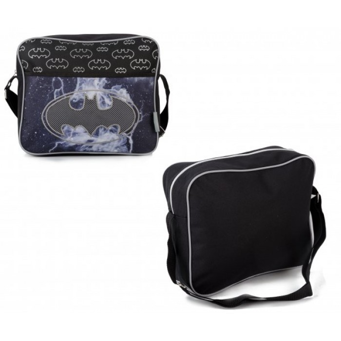 00492 BATMAN MYSTIC DELINQUENT COURIER BAG